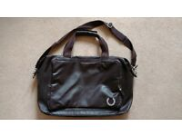 Fred Perry Holdall / Men's Bag