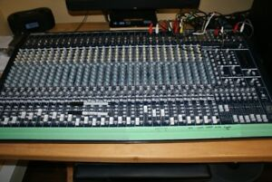 Behringer EURODESK MX3282A Mixing Console