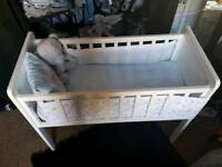 Hyde crib