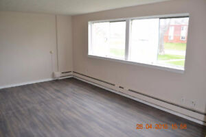 RENOVATED 1 AND 2 BEDROOM APARTMENTS AVAILABLE FOR SEPTEMBER 1ST