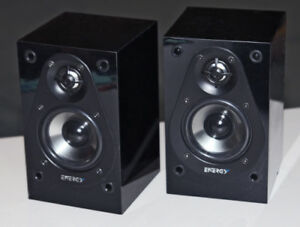 Energy 100-Watt Bookshelf Speakers - Pair