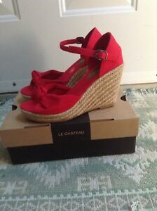 NEW in box size 7 espadrilles