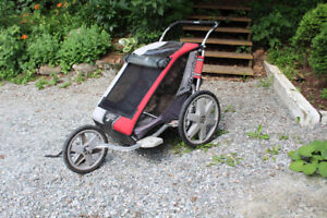 Double chariot with ski set and bike attachement