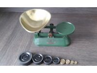Vintage /Retro Racing Green Cast Iron Weighing Scales F J THORNTON & CO LTD Offers Considered