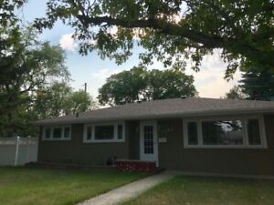 $1,350.00 per month - 3 bedroom home in NW Moose Jaw