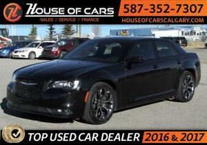 2016 Chrysler 300 S  / Leather / Sunroof / Bluetooth
