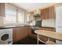 Light double room in perfect location, zone 2, available 1 August!