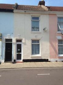 4 Bed Student House To Let