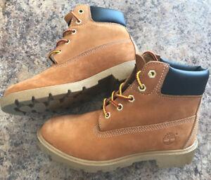 Timberland boots size 3.5 kids