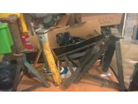 axle stands x4