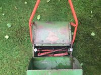 1960/70 Qualcast super panther lawnmower lovely patina full working order