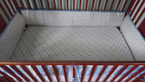 Storkcraft baby crib and matress with bedset