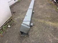 Roof top pipe/conduit box