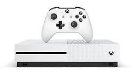 Xbox One S 500GB + Fifa 17 + Assassins Creed - 2 MONTHS OLD