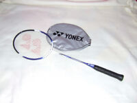Badminton raquet racket with zip cover Yonex B550. Excellent condition - hardly used