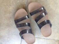 brand new fit flop bronze sandals
