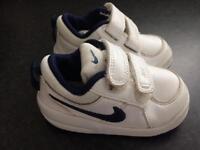 Nike air trainers 4.5