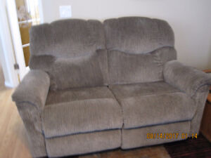 COUCH & LOVESEAT WITH 4 RECLINING SEATS - $700