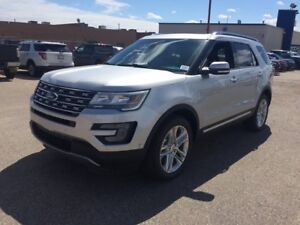 """2017 Ford Explorer Limited, 4WD, Moonroof, Adaptive Cruise, 20"""""""