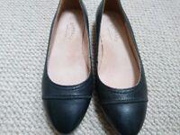 Flat ladies size 5 Fat Face shoes