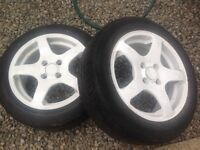 "15"" white alloy wheels"