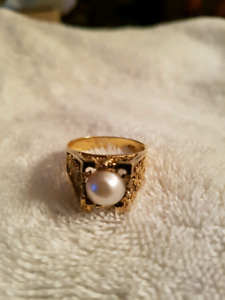 Sterling silver gold plated pearl ring