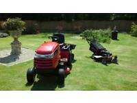 Snapper LT1840 sit on mower, 18hp commercial V twin, 40 inch muching deck