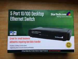 *NEW IN BOX* 5 Port Ethernet Switch