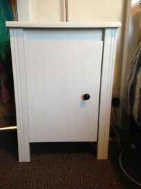 Lovely wooden (white) bedside cabinets