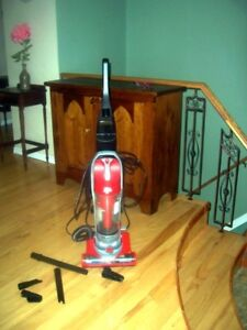 Dirt Devil Upright Vaccum Cleaner