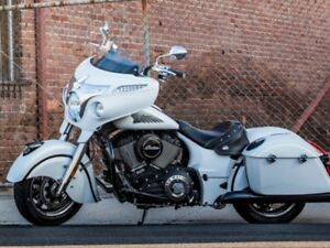 2017 Indian Motorcycle Chieftain White Smoke