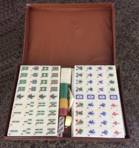 Mah Jong Game Tiles Set (Vintage - Ivory)