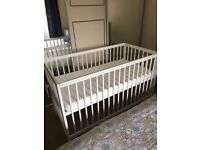 Crib (Cot) nearly new