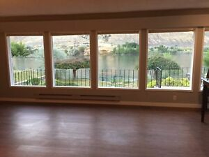 Beautiful 3 bedroom, top of house along the river.