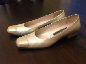Roberto Capucci Shoes - Made in Italy - Size 8.5 B