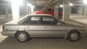 1991 Toyota Camry LE silver Sedan -:available 29th of August