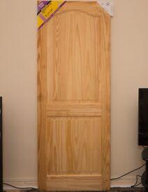 New - Internal Solid Pine Wooden Door 1981 x 762 x 35mm