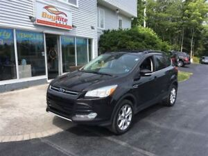 2013 Ford Escape SEL Bluetooth, panoramic roof!