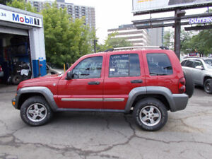 2006 Jeep Liberty only 144.000 KM 4×4 SAFETY + 1 YEAR WARRANTY