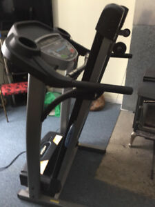 "Tread Mill - Tempo Fitness 621T ""Like New Condition"""