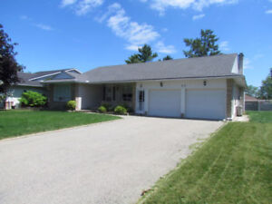 1780sqft main level of bungalow in Kitchener