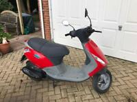 Amazing Bargain!! Only 19 miles on the clock!! Piaggio Zip 50cc