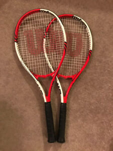 Paire of tennis racquest for Sale