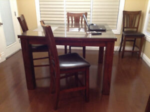 Pub Height Dining Table with 6 matching chair
