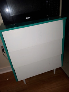 Modern dresser can be used in any room