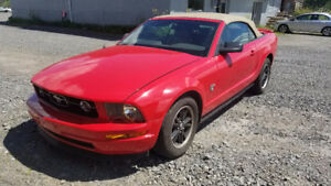2009 Ford Mustang Convertible Coupe