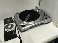 NUMARK TTi USB TURNTABLE WITH DOCK FOR iPOD