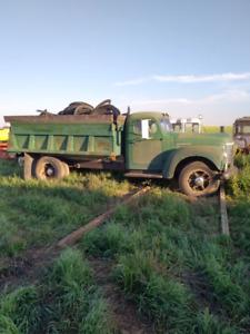 1949 international gravel truck