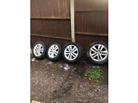 Astra h sxi 58 plate alloys with 205/55/16 good tyres 07594145438