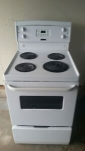 Apartment size Stove, free delivery